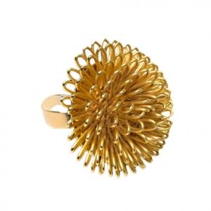 טבעת פרח ענק