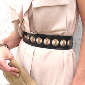 עשרה חורים - חגורת מותן מעור שחור וזהב